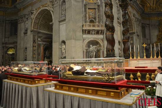 The Holy Relics of our saintly brothers Padre Pio & Leopold Mandic before the High Altar of St. Peter's Basilica